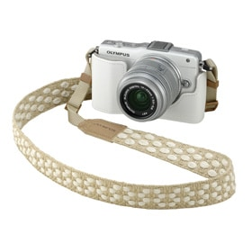 CS-39B Body Jacket + CSS-S114 Shoulder strap + OLYMPUS PEN Lite E-PL6 (White) + M.ZUIKO DIGITAL 14-42mm F3.5-5.6 II R (Silver)