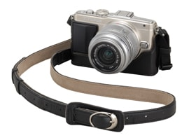 Image of CS-38B Leather Body Jacket and CSS-S109LLII Leather Shoulder Strap on OLYMPUS PEN Lite E-PL5